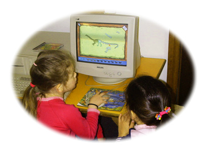 Kids playing on a computer at Three Bears Kindergarten